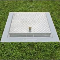 System SA3-RI - Schachtabdeckung aus Edelstahl Tränenblech oder aus Aluminium Riffelblech  regensicher begehbar quadratisch