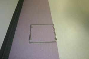 S možnosťou pre pružné podlahové krytiny